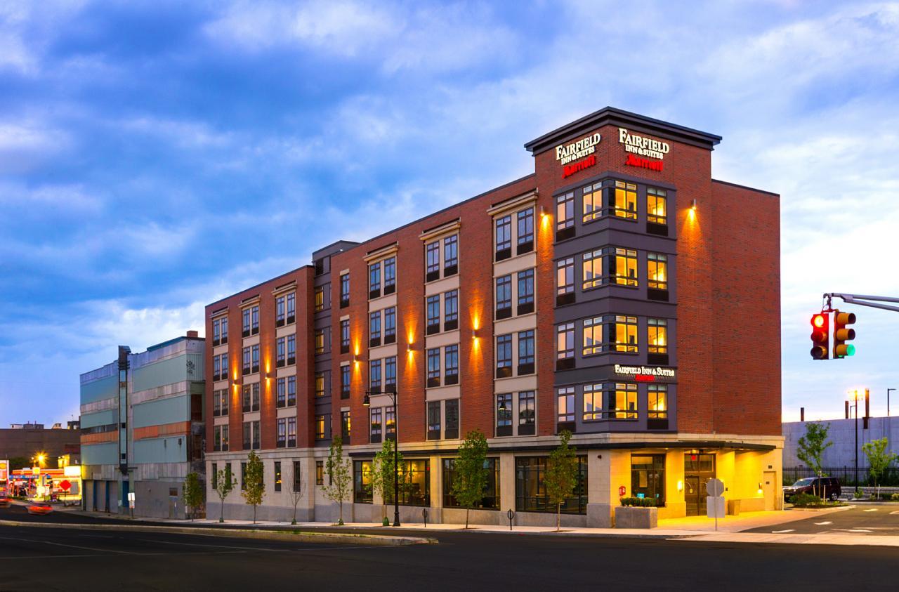 Fairfield Inn & Suites Boston Cambridge, MA