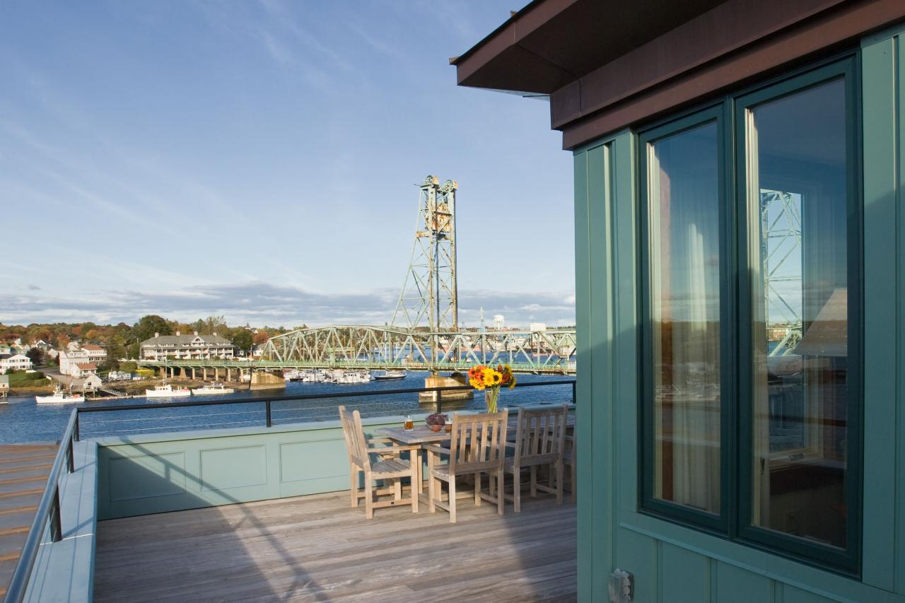 waterfront, residential, loft, open concept, roof deck, historic district, adaptive reuse