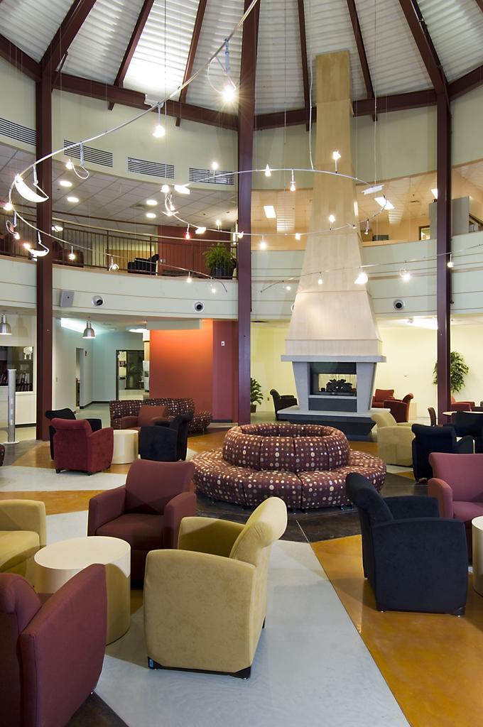 NHTI Student Center Rotunda