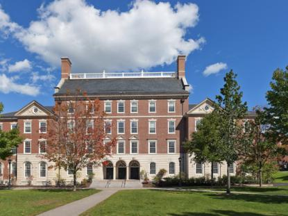 2013 AIANH Merit Award: Phillips Hall, Phillips Exeter Academy. Photo: Warren Patterson